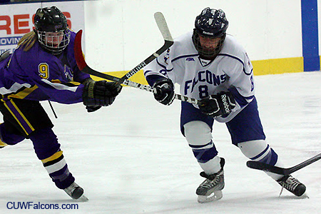 Women's Hockey hosts UW-Superior Friday