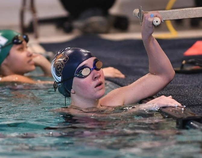 Baruch Edges Women's Swimming on Monday