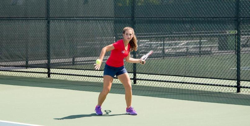 Tennis competes in day one of ITA Regionals