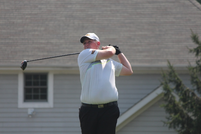 Thompson Leads Men's Golf At GLIAC North Invitational