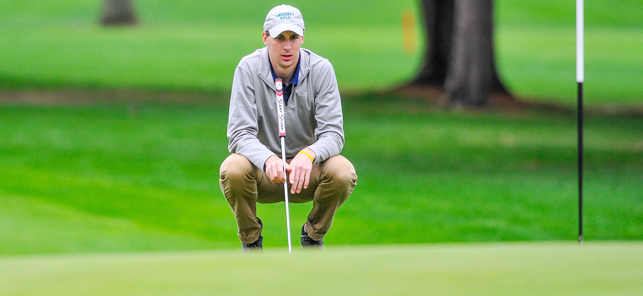 Carter Knox Named CCC Men's Golfer Of The Week