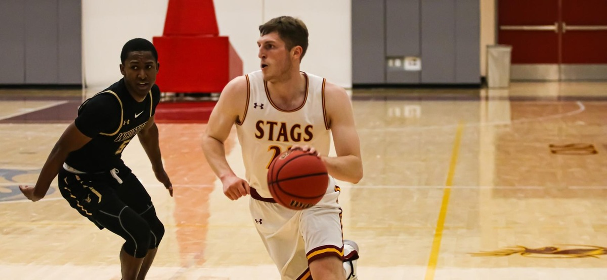 Maxwell Kirsch had 19 points to lead the Stags (photo by Kiubon Kokko)