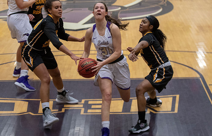 Women's Basketball Loses to Regionally-Ranked Stonehill, Winning Streak Snapped