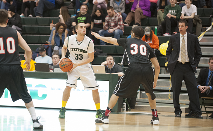 Mustangs Clinch Second-Straight Playoff Spot with an 84-57 Win Over Albright
