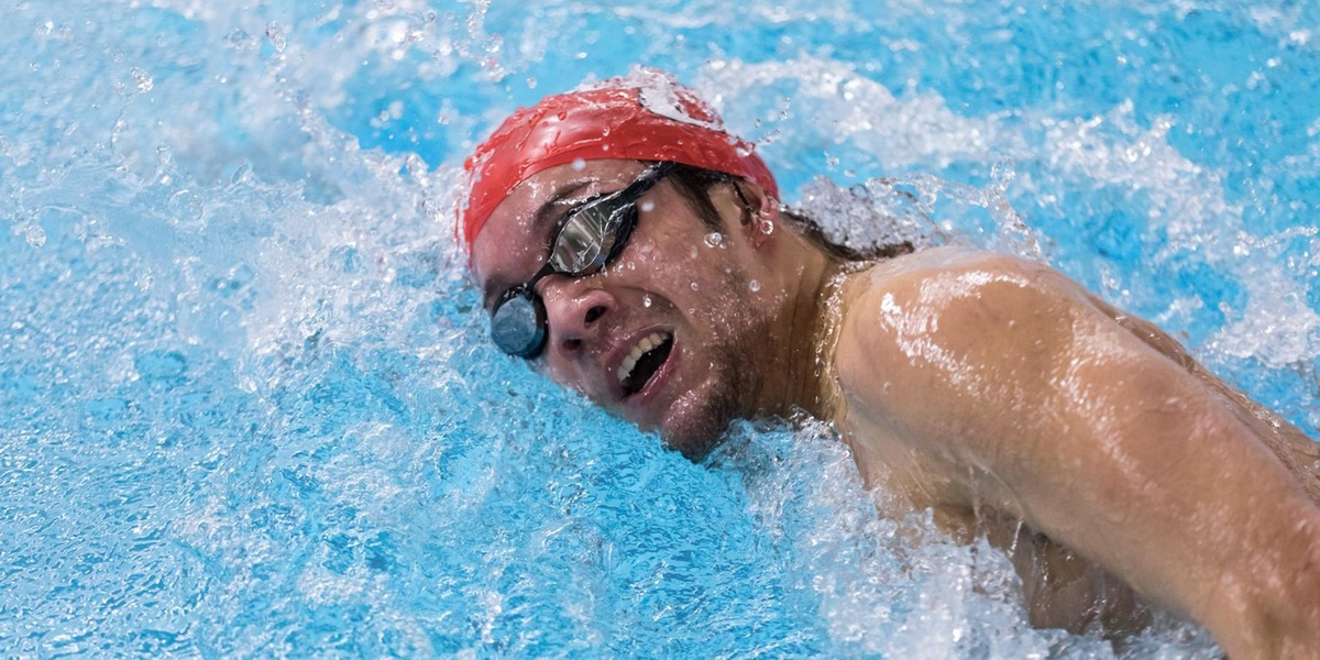 Men's Swimming and Diving Finishes 4th in Season Opener at Roger Williams