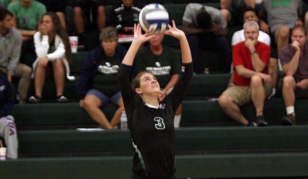 Goldey-Beacom Sweeps Wilmington Volleyball in Crosstown Rivalry Match