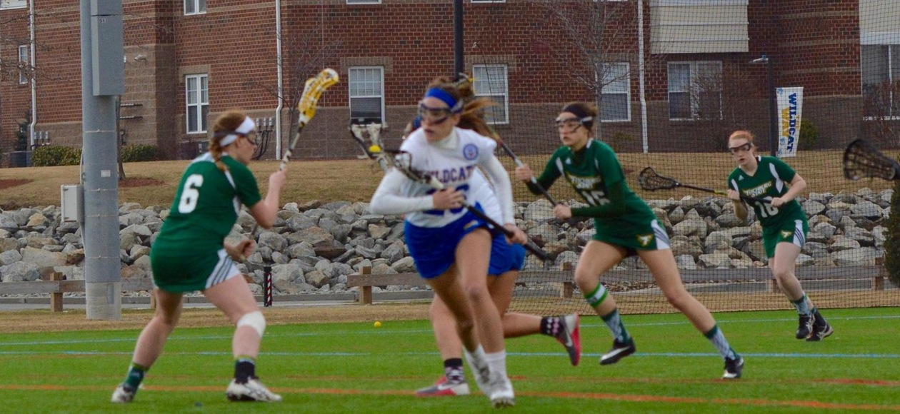 Women's Lacrosse Goes on the Road to Beat Fitchburg State 10-7