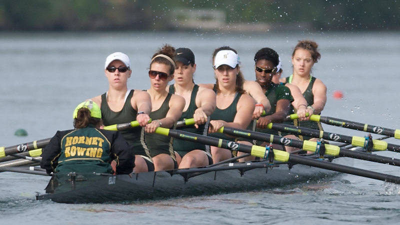 ROWING CONCLUDES ITS SEASON WITH FIFTH-PLACE SHOWING AT THE DAD VAIL REGATTA