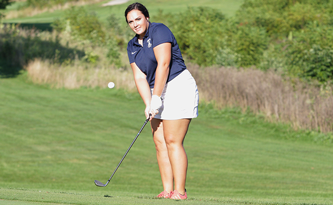 Fackler Leads Trine at Tri-Match