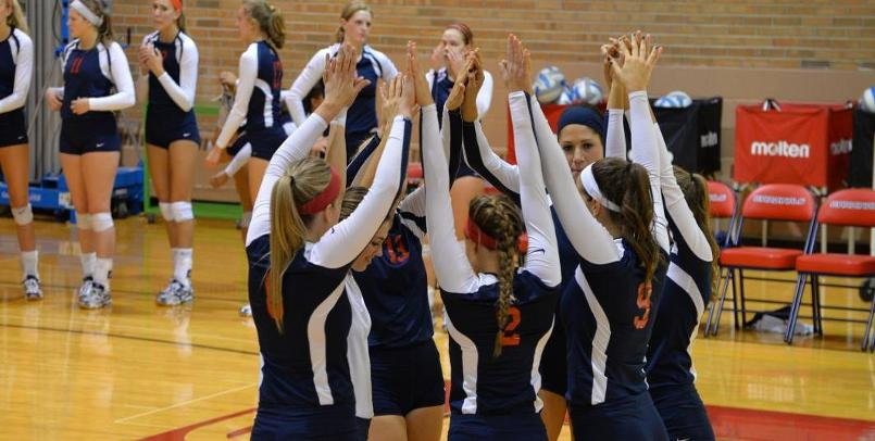 Volleyball drops three-set contest at Findlay in league action