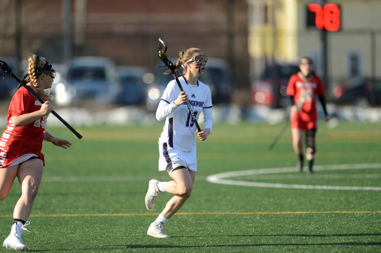 Women's Lacrosse Battles But Sees Six-Game Winning Streak Halted By NYIT