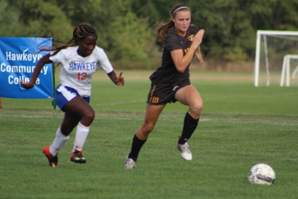Women's Soccer Falls to Parkland College, 4-0