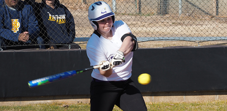 Softball Team Opens Season With Conference Sweep