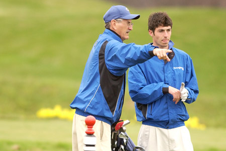 Men's Golf Strong at First Tourney