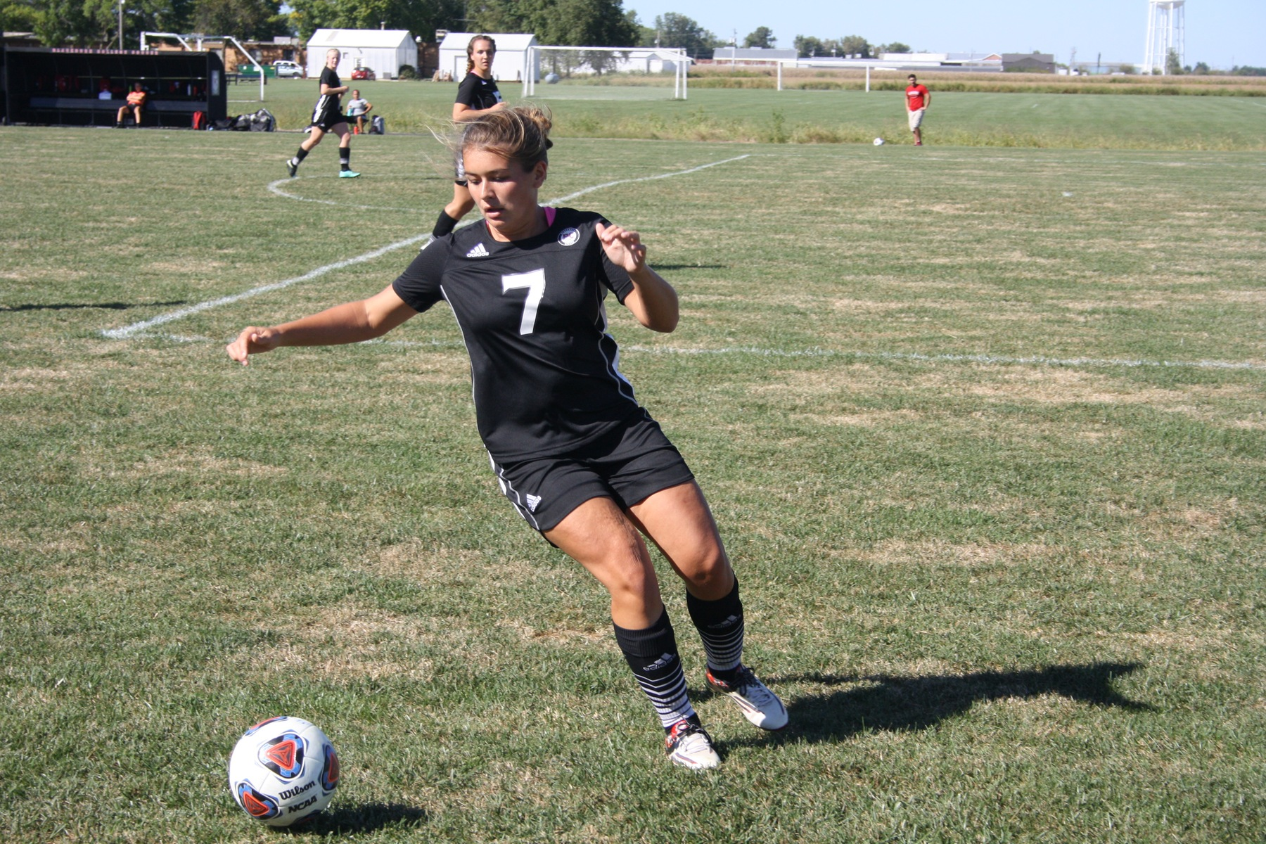 Women's Soccer Tops Rockford at Home