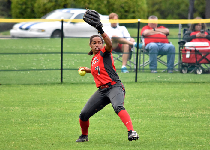 Daisha Henderson was 4-for-6 with an RBI, two runs and two stolen bases in Saturday's doubleheader with Covenant.