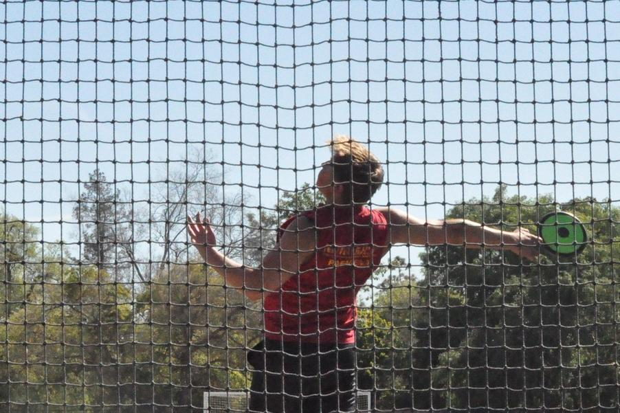 Krasnoperov Second Among SCIAC at Elite Meet