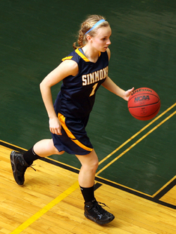 Simmons Basketball muscled through the Fitchburg State Falcons in Thursday night?s non-conference matchup, 68-63. Sophomore guard Jessica Thomas (East Sandwich, Mass.) netted a career-high 20 points on the night to lead the way for the Sharks. With the win, Simmons advances to 4-2 (0-0 GNAC), while Fitchburg falls to 2-4 on the season.
