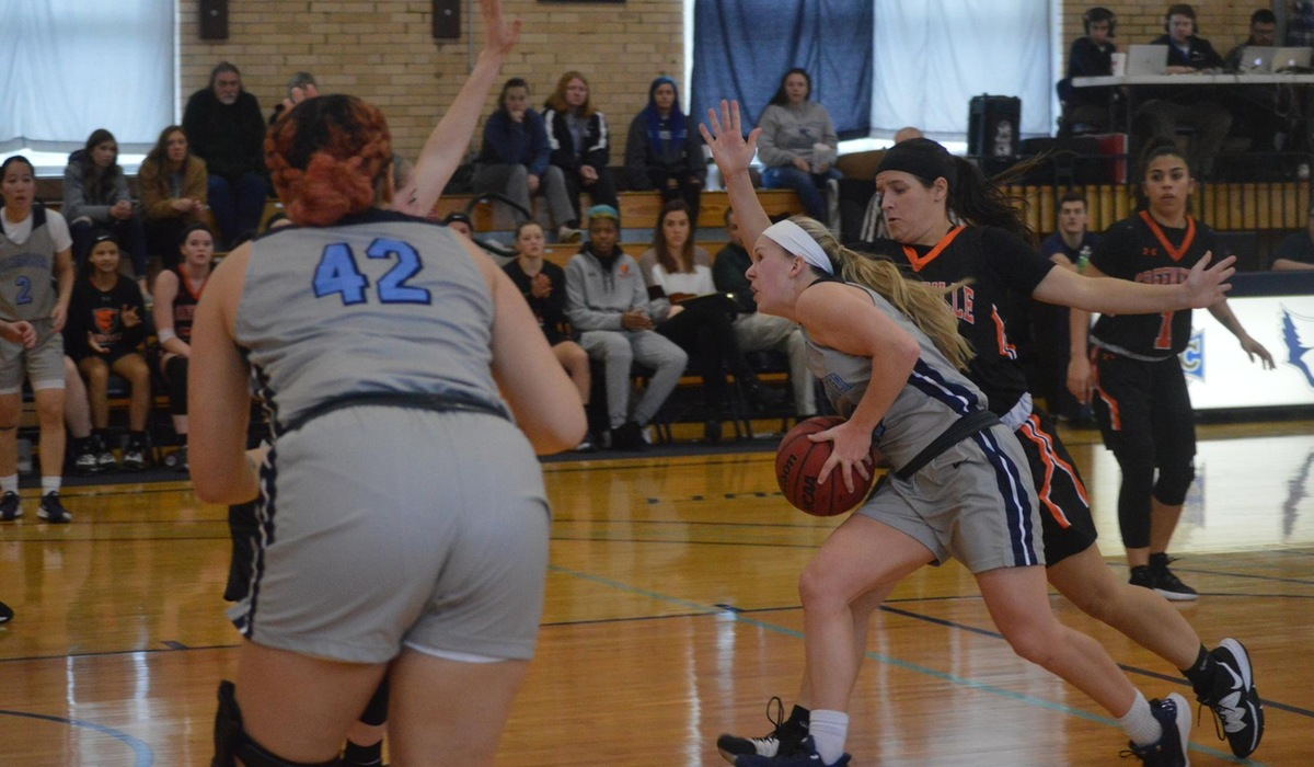 Webster Snaps Westminster Women's Winning Streak