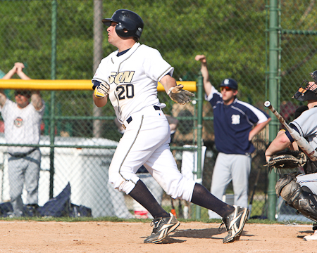 Gallaudet's William Chapman named to Jewish Sports Review All-American team