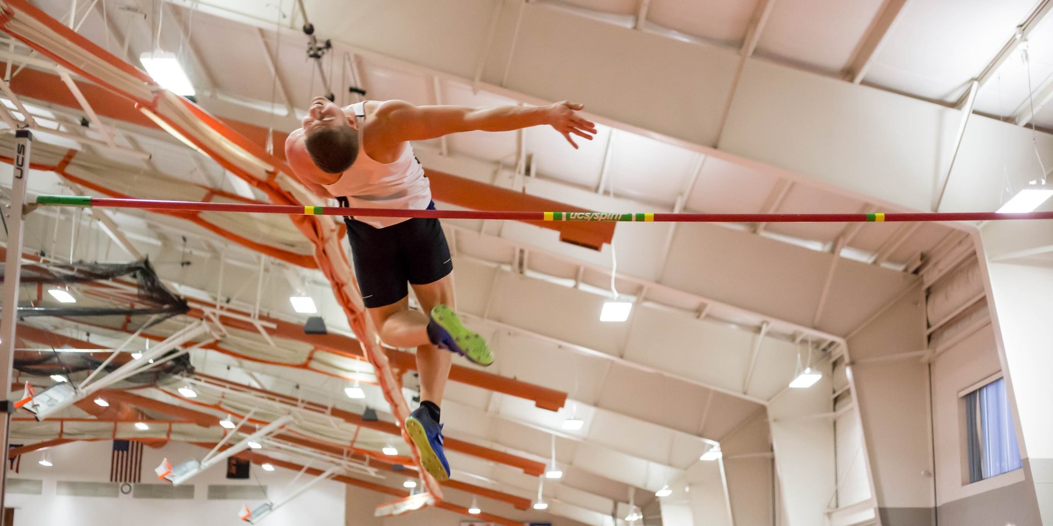 Oilers Post Solid Marks at Jesse Owens Classic