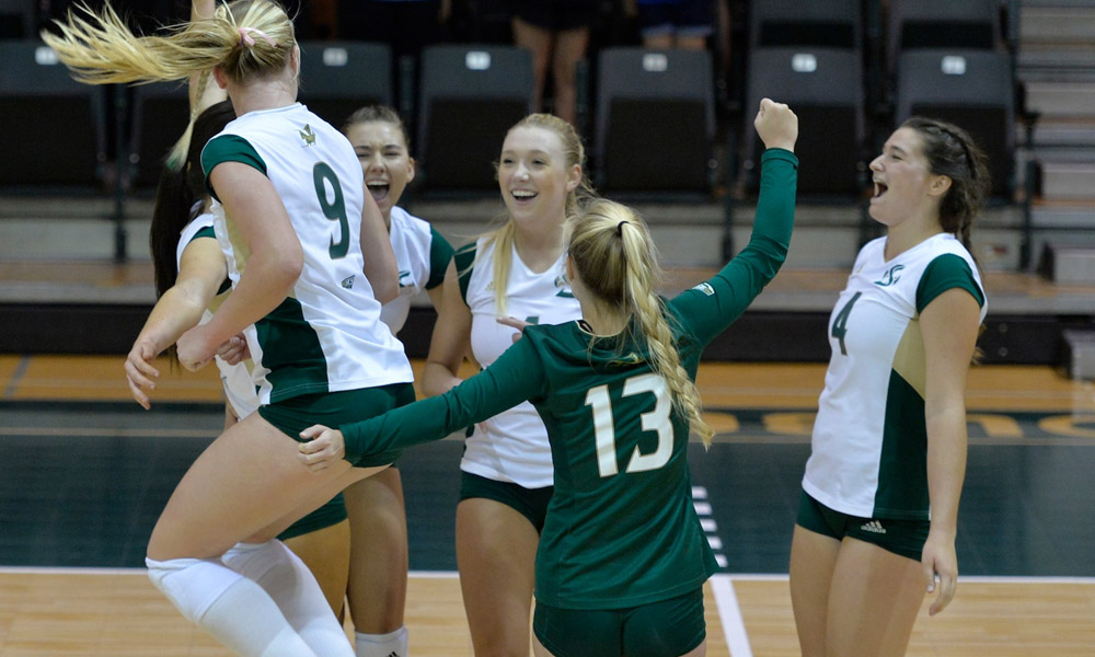 HOME WINNING STREAK AT 17 AFTER VOLLEYBALL TAKES DOWN WEBER STATE