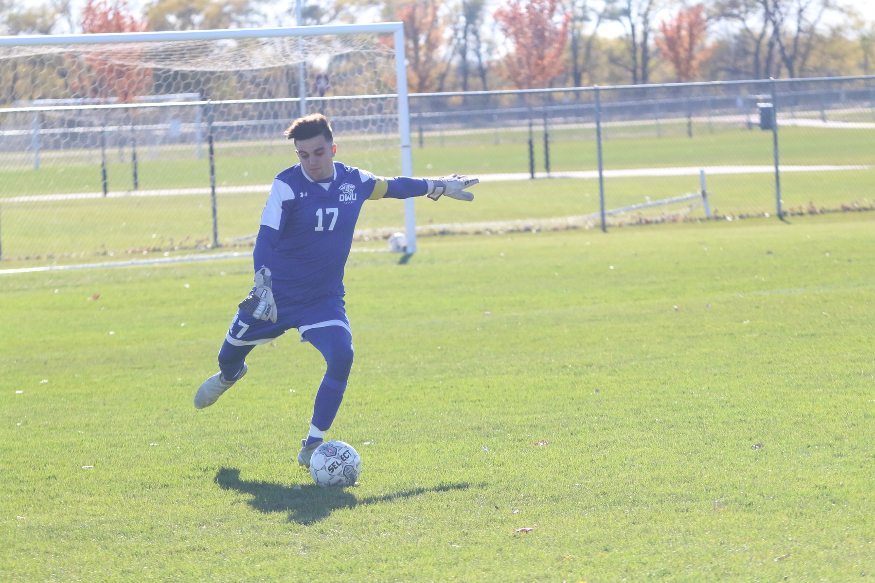 Men's soccer concludes season on senior day