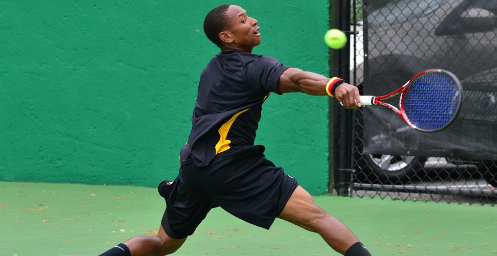 Justin Carter Advances to Qualifying Round of ITA All-American Championships; Falls in Tough Three-Setter To USF
