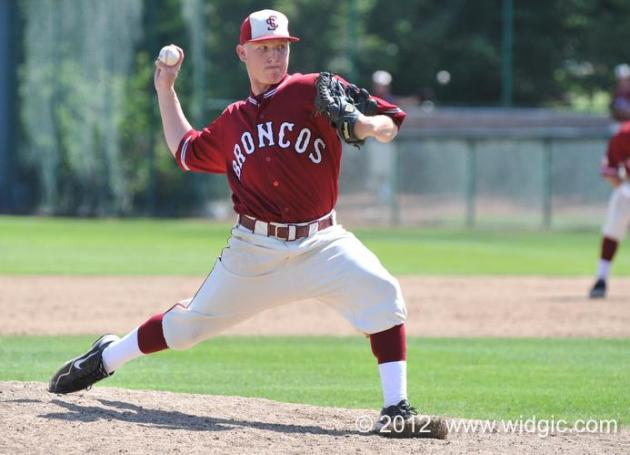 Bronco Baseball Tops LMU on Final Day of Season