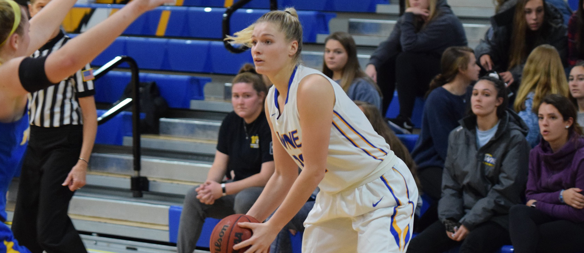 Senior guard Courtney Carlson scored a career-high 24 points in Western New England's 86-68 win over Westfield State on Thursday night. (Photo by Rachel Margossian)