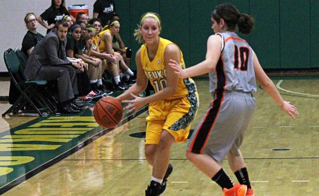 Senior Erica Pendrak scored 16 points and handed out a career-high nine assists as women's basketball won its fourth straight, 60-48 over Wells Wednesday (photo courtesy of Ed Webber, Keuka College Sports Information department)