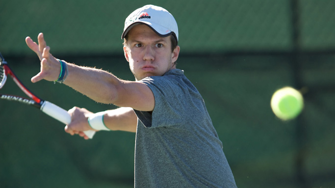 MEN'S TENNIS SWEEPS SINGLES IN 6-1 VICTORY OVER EASTERN WASHINGTON