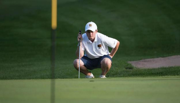 Men's Golf in 6th after round one of Augsburg Invite