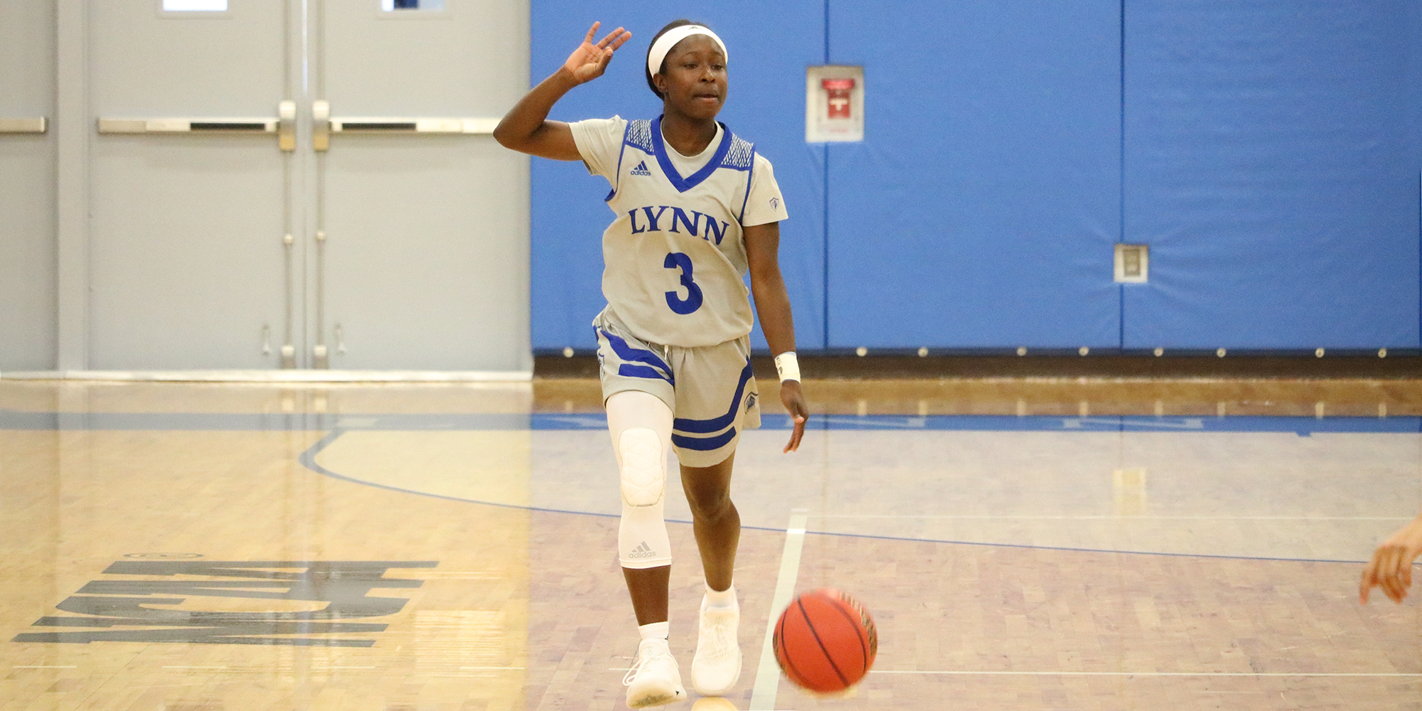 Women's Basketball Downed at Florida Tech