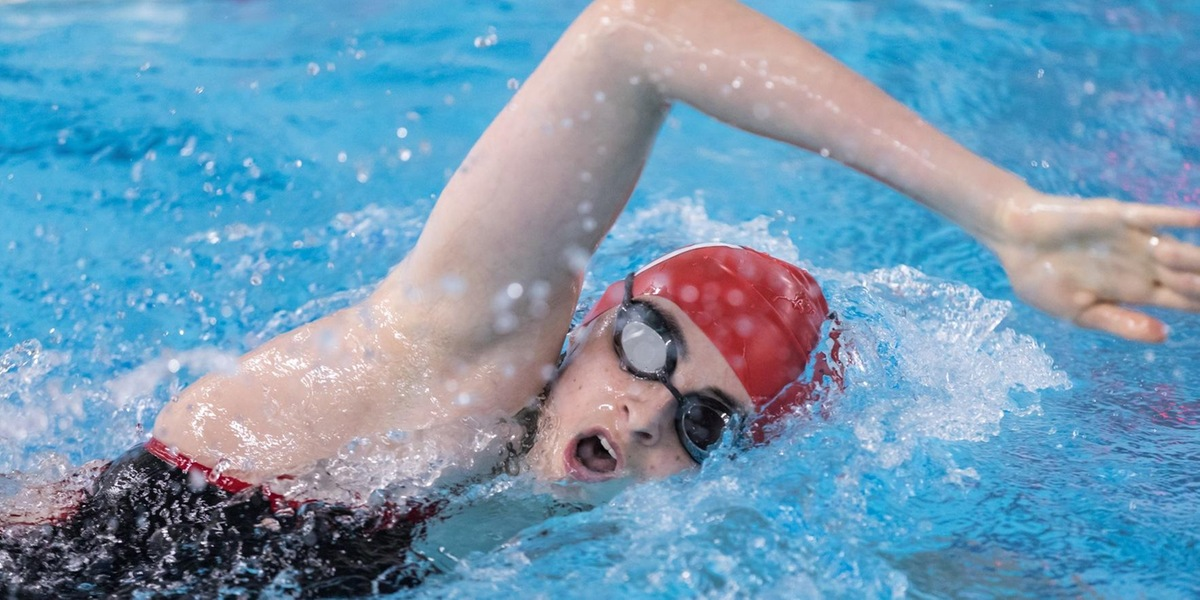 Women's Swimming and Diving compete in four events at Worcester City Championship