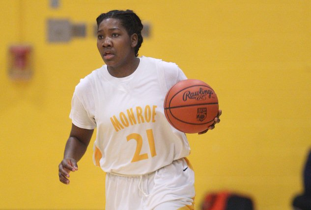 Second-half surge leads Monroe past Mohawk Valley