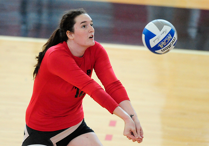 Volleyball finishes perfect weekend at Crusader Classic
