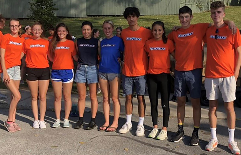 New Paltz Student-Athletes Help at Annual Elting Book Fair