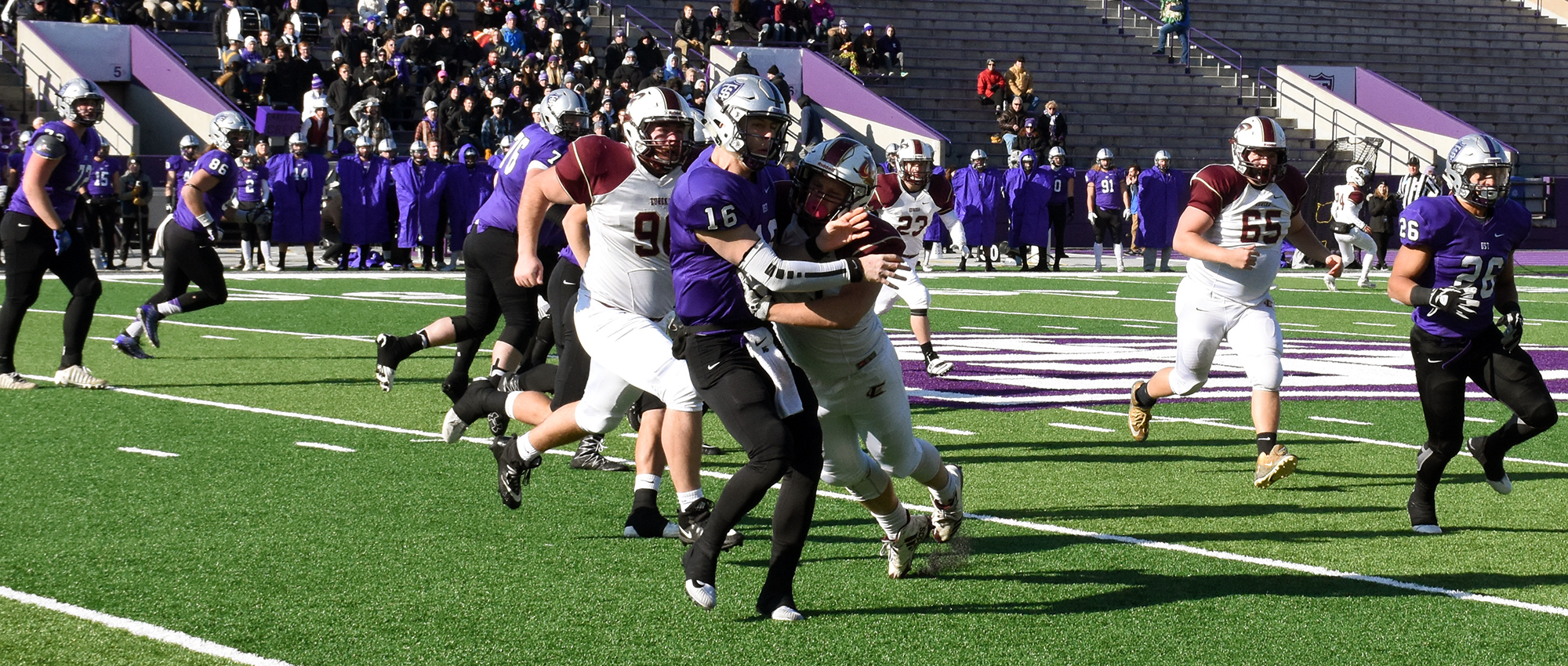 St. Thomas Ousts Eureka From NCAA Playoffs, 47-8