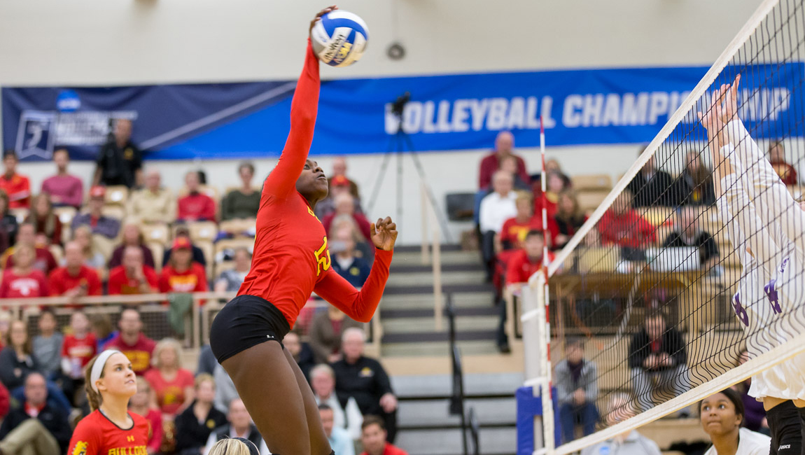 Ferris State Volleyball Advances To NCAA Regional Semifinals With Quarterfinal Sweep