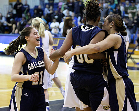 The latest national media stories on the Gallaudet women's basketball team