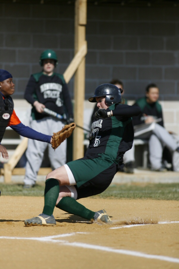 Buckshaw Picks Up Tenth Victory on the Mound for Farmingdale State
