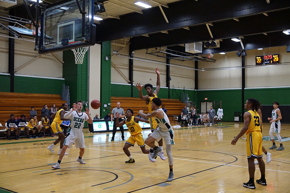 Vikings Falter in 2nd Half in 108-80 Loss to Brookdale CC