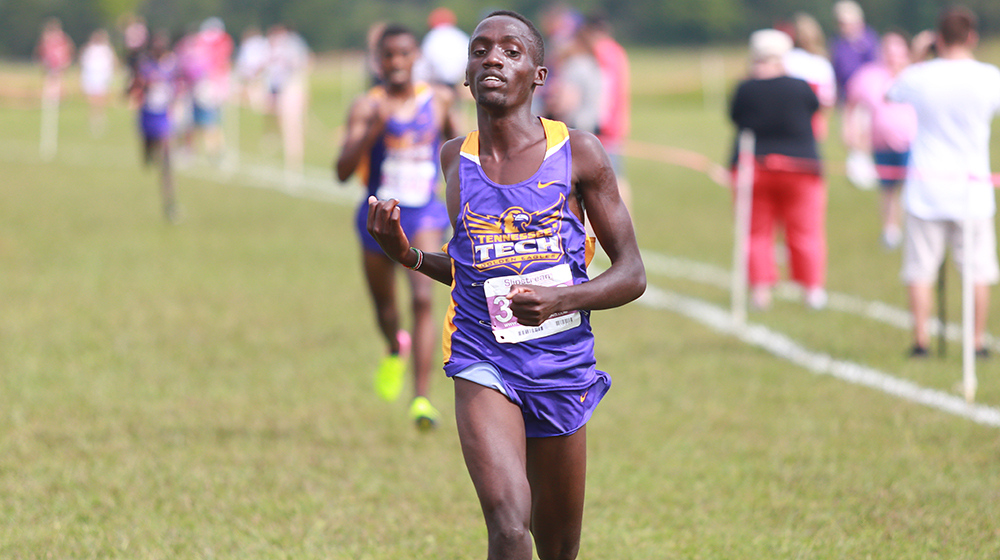 Tech cross country puts exclamation point on regular season with dynamic finishes at Blazer Classic