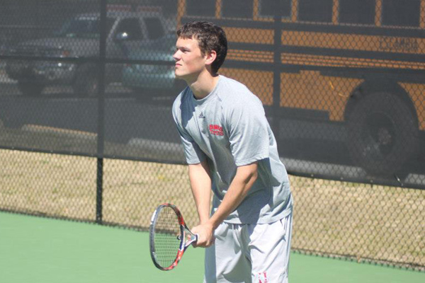 Huntingdon men's tennis downs Spring Hill