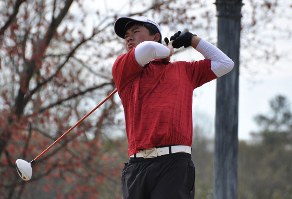 Golf:Panthers charge into lead at USA South Tournament