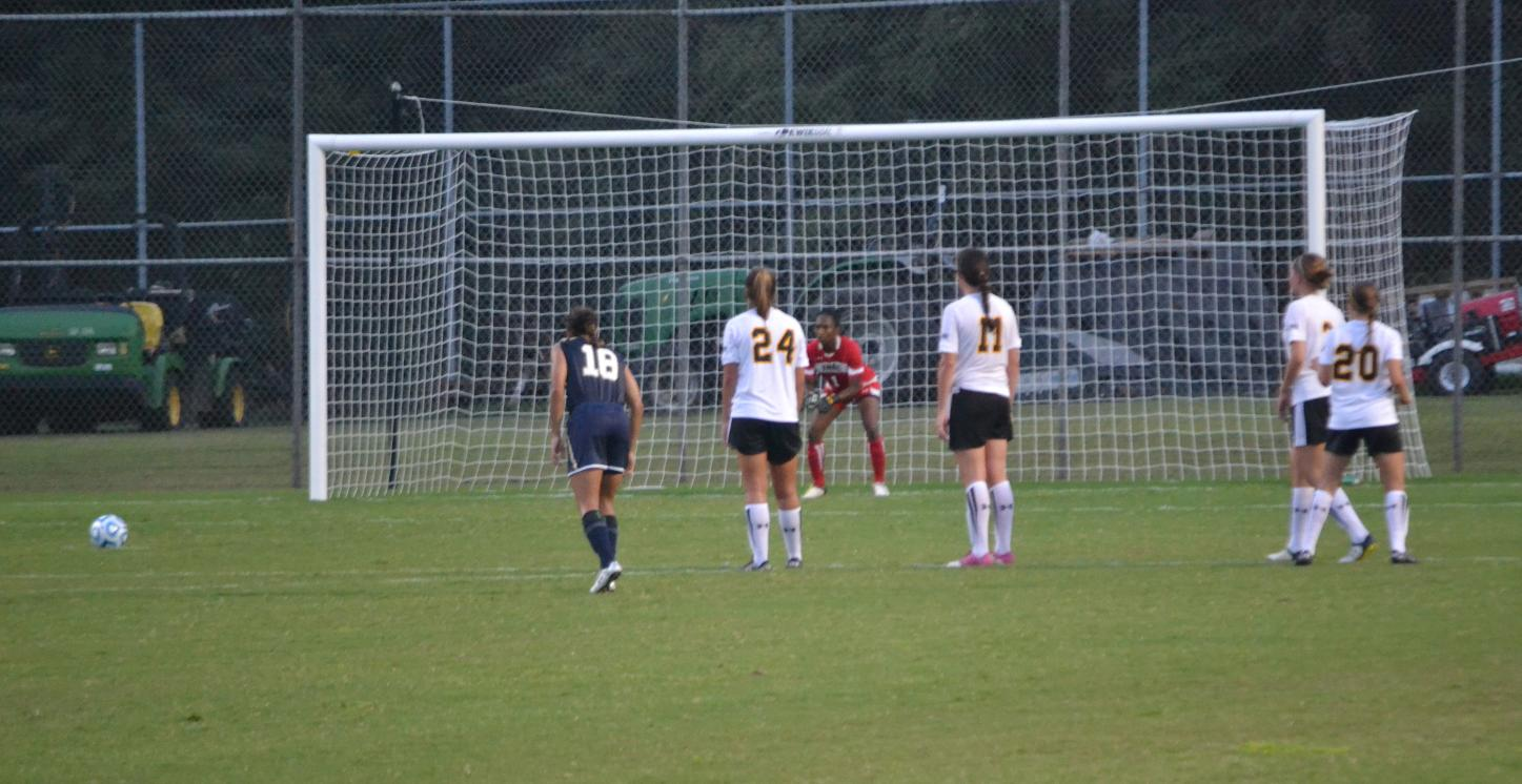 Juniors Guide Women's Soccer Past Navy for 11th-Straight Home Victory, 1-0
