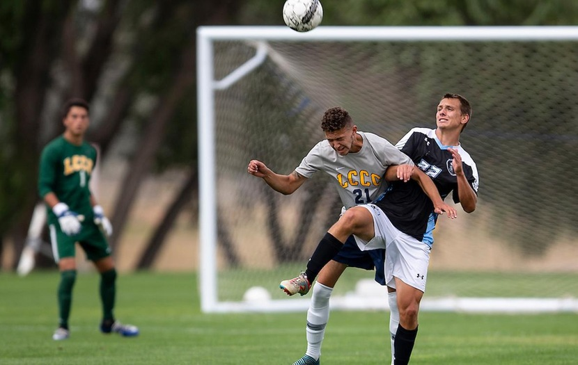 Men's Soccer Falls 4-0 in Clash of Nationally-Ranked Teams