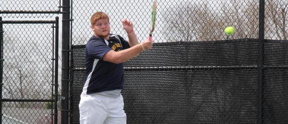 Men's Tennis Loses at Wabash