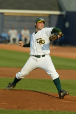 Wright State Tops Vikings In League Opener, 7-1